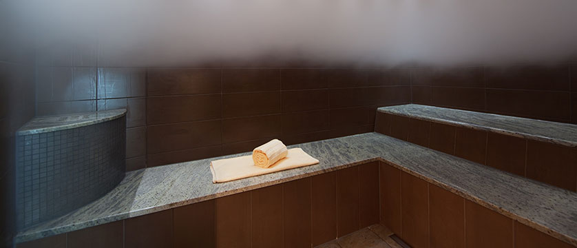 Hotel Belvedere, Locarno, Ticino, Switzerland - steam room.jpg